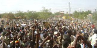 Manifestation de la jeunesse à Dori contre l'impunité le 7 mars 2011