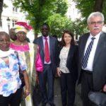 de gauche à droite, Germaine Pitroipa, Mariam Sankara, Bénéwendé Sankara, Cécile Duflot, André Chassaigne (©Réseau international « Justice pour Sankara justice pour l'Afrique »