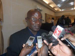 Journaliste auteur de La chite du sphinx de Koso-yam ou les secrets de l'insurrection