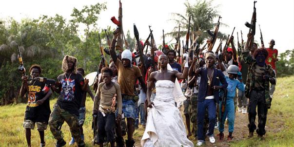 Libéria ados armés font la fête